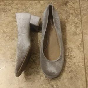 Old Navy velvet grey heels